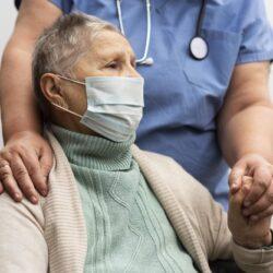 В условиях мировой пандемии Covid-19: как пожилому человеку обезопасить себя?