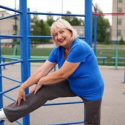 Пожилые люди с особыми потребностями испытывают настоятельную необходимость в занятиях ЛФК